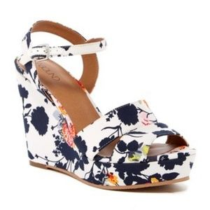 Abound Ivory Floral Platform Wedge Sandals